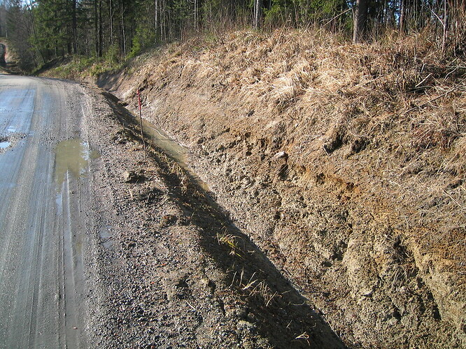 Road_Ditch
